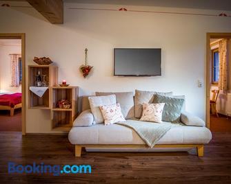 Appartementhaus Speckalm - Sankt Michael Im Lungau - Living room