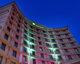 Holiday Inn Dallas Market Center - Dallas - Building