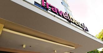 Travelbee Fuente Inn - Cebu City - Building