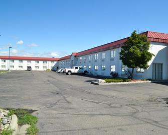 Motel 6 Billings - North - Billings - Building