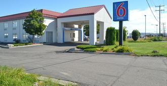 Motel 6 Billings - North - Billings - Gebäude
