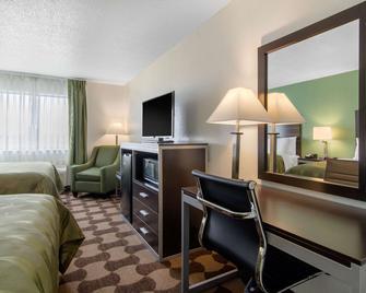 Quality Inn - Russell - Ložnice