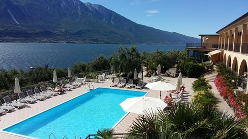Hotel Mercedes - Limone sul Garda - Uima-allas