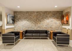 Suburban Extended Stay Hotel Melbourne Airport - Melbourne - Lounge