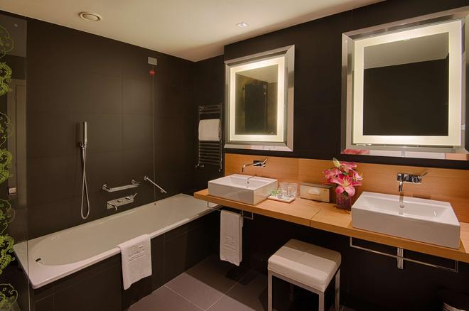 NH 弗蘭澤酒店 - 佛羅倫斯 - 佛羅倫斯 - 浴室