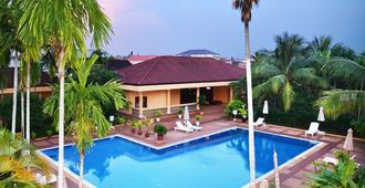Angkor Hotel - Siem Reap - Pool