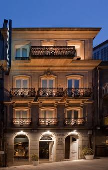 Hotel Puerta Gamboa - Vigo - Rakennus