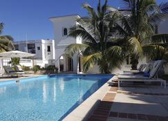 Vip Leblanc - Havana - Pool