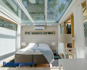 The Skylight Villa - Kemi - Bedroom