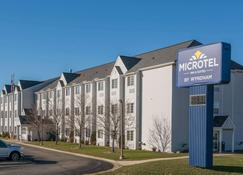Microtel Inn & Suites by Wyndham Rochester Mayo Clinic North - Рочестер - Здание