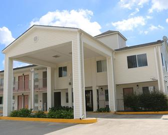 Western Inn - Gonzales - Gebäude