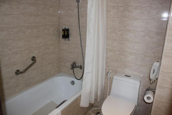 嘉義兆品酒店 - 嘉義市 - 浴室