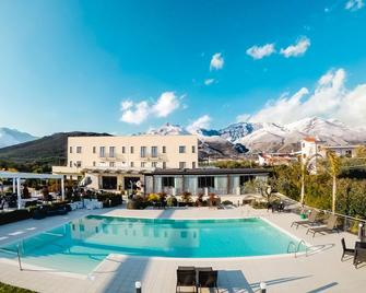 Kora Park Resort - Formia - Pool