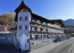 Hotel Oberland - Triesenberg - Edificio