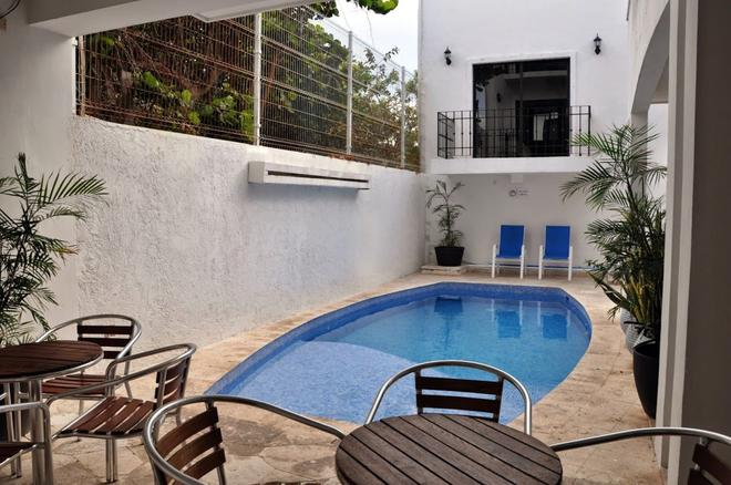 Chac Chi Hotel And Suites - Isla Mujeres - Πισίνα
