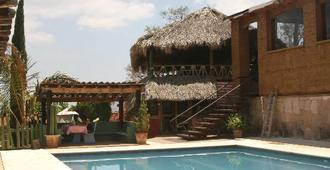 La Villada Inn - Hostel - Oaxaca - Pool