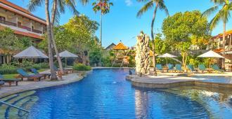 Bali Rani Hotel - Kuta - Pool