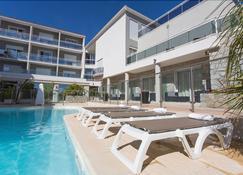 Hotel Revellata - Calvi - Pool