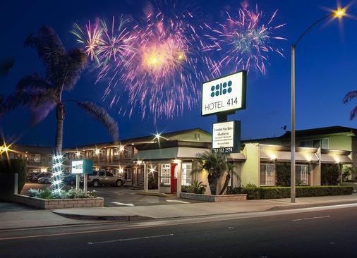 Hotel 414 Anaheim - Anaheim - Gebäude