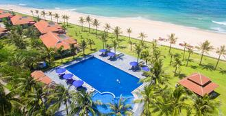 Lapochine Beach Resort - Huế - Pool