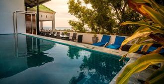 Island Hostels - Dehiwala-Mount Lavinia - Uima-allas