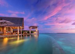Milaidhoo Island Maldives - Kamadhoo - Басейн