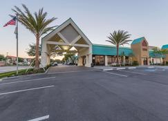 Best Western Seaway Inn - Gulfport - Building