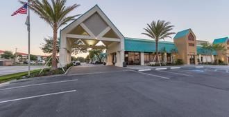 Best Western Seaway Inn - גולפורט