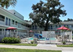 Motel 6 Atascadero - Atascadero - Building