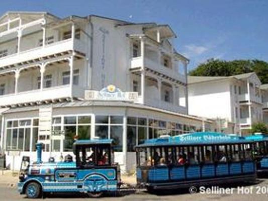 Hotel Selliner Hof - Sellin - Rakennus