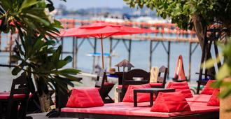 Samui Pier Beach Front Resort - Ko Samui - Building