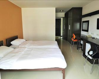 At home place - Pathum Thani - Slaapkamer