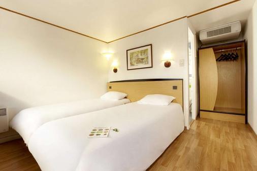 Hotel Campanile Honfleur - La Rivière Saint Sauveur - Ла-Ривьер-Сен-Совёр - Спальня
