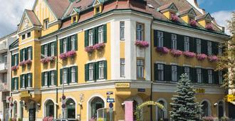 Hotel Bergwirt Schönbrunn - וינה - בניין