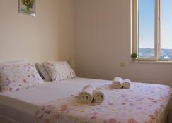Apartments and Rooms Katija & Egon - คอร์คูลา - ห้องนอน