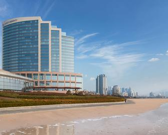 Hyatt Regency Qingdao - Qingdao - Gebouw