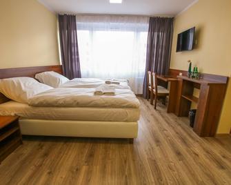 Hotel Sill - Kielce - Slaapkamer