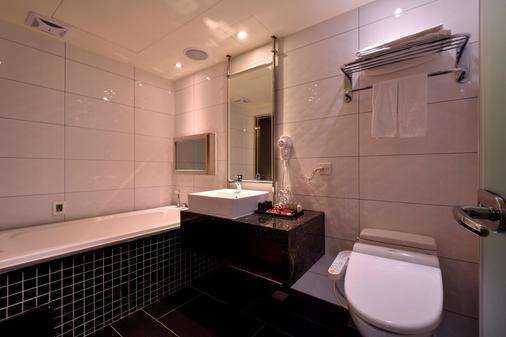 葳皇時尚飯店 - 台北 - 浴室