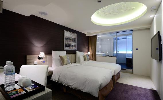 V One Vogue Hotel Ab 42 6 5 Taipei Hotels Kayak