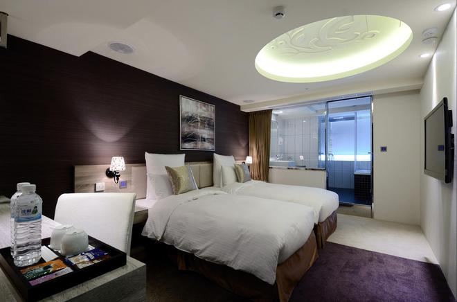 V-one Vogue Hotel - Taipei - Bedroom