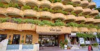 Hotel Sunpalace Kyuyoukan - Naha - Edificio