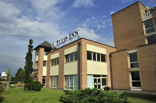 Tulip Inn Turin West - Rivoli - Building