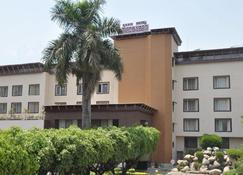 Hotel Madhuban - Dehradun - Rakennus