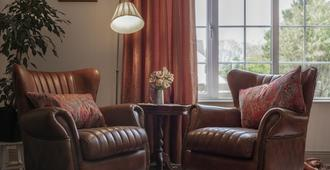 The Happy Pig - Kenmare - Living room