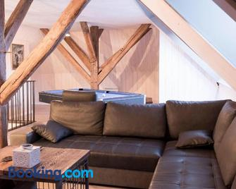 superbe appartement Vintage centre ville - Живе - Living room