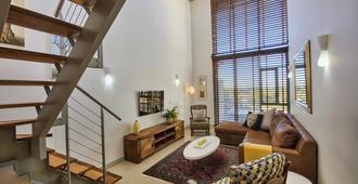 The Quadrant Apartments - Kapstadt - Wohnzimmer
