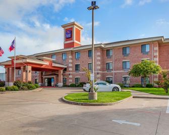 Sleep Inn & Suites Hewitt - South Waco - Hewitt - Building