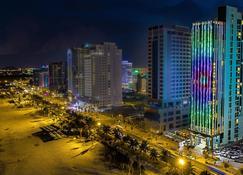 Haian Beach Hotel & Spa - Da Nang - Widok na zewnątrz