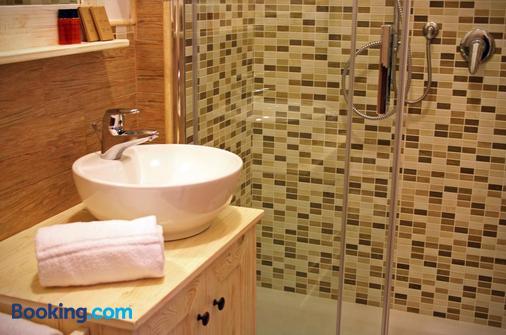 Fiumicino Airport B&B Deluxe - Fiumicino - Bathroom