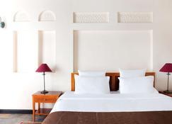 Novotel Bahrain Al Dana Resort - Manama - Makuuhuone